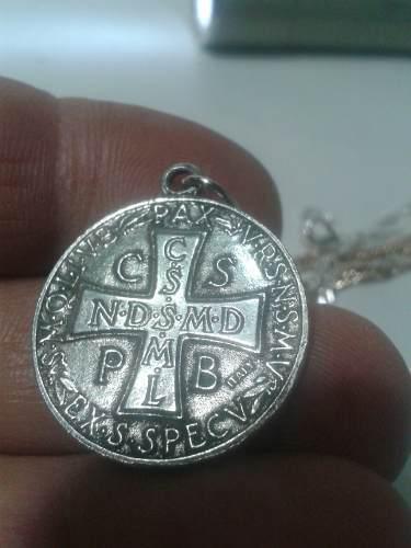 332 Se Vende Medalla De S.benito De Excelente Calidada Ta. M