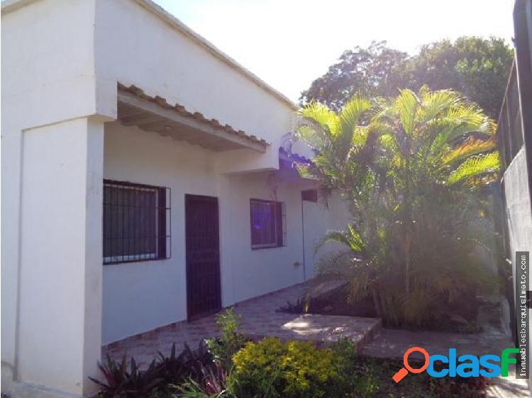 Casa en Venta en Barquisimeto Codigo: 18-10759