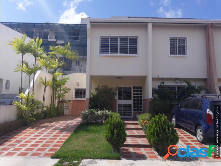 Casa en Venta en Cabudare Codigo: 19-7669