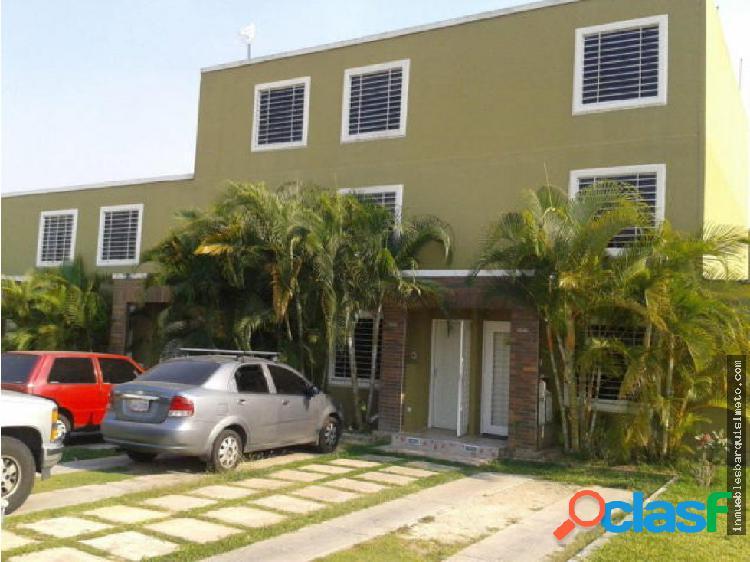 Casa en Venta en Cabudare Codigo: 18-4927
