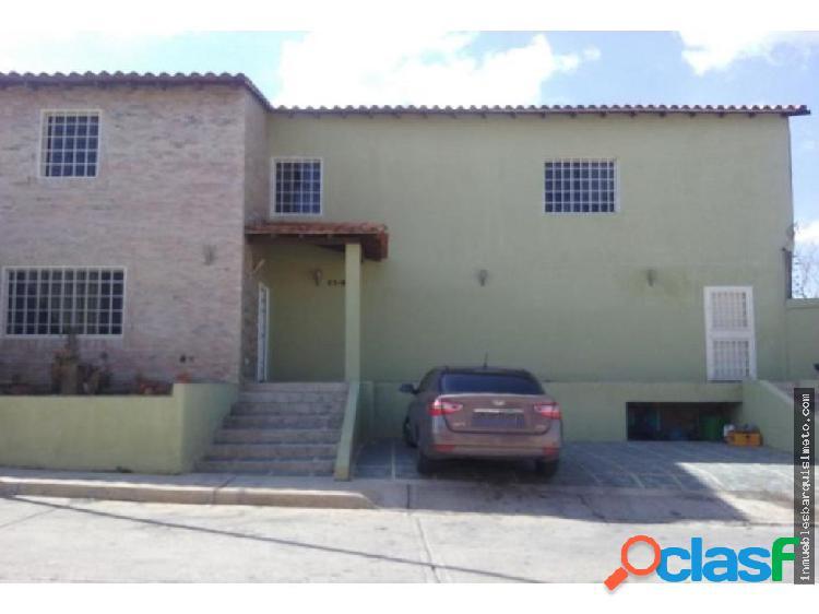 Casa en Venta en Cabudare Codigo: 19-4311