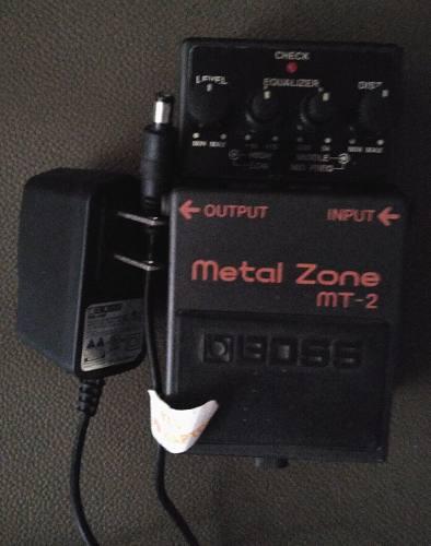 Pedal Boss Metal Zone Mt-2, Con Adaptador De Corriente Boss