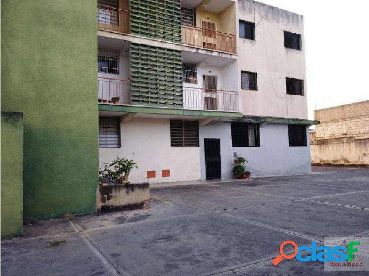 Bello y Céntrico Apartamento en Barquisimeto