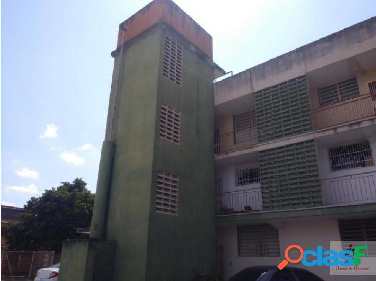 Cómodo y Céntrico Apartamento en Barquisimeto