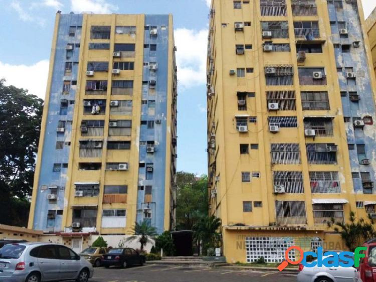 Apartamento en Venta en Residencias La Ceiba.