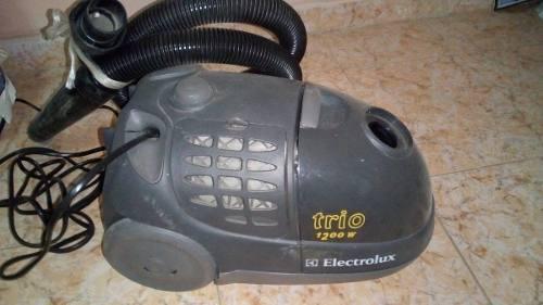 Aspiradora Electrolux Trio 1200 W