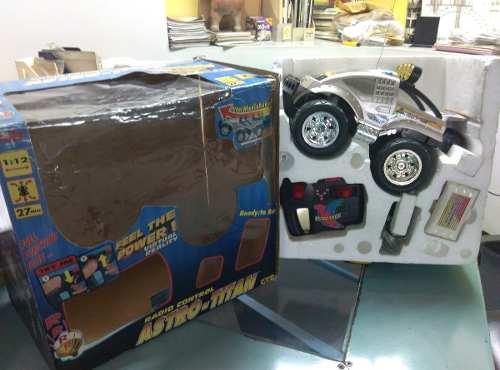 Carro Control Remoto Super Wheelie Astro-titan