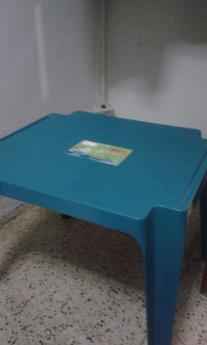 Mesa Pequeña Plastica Para Niños