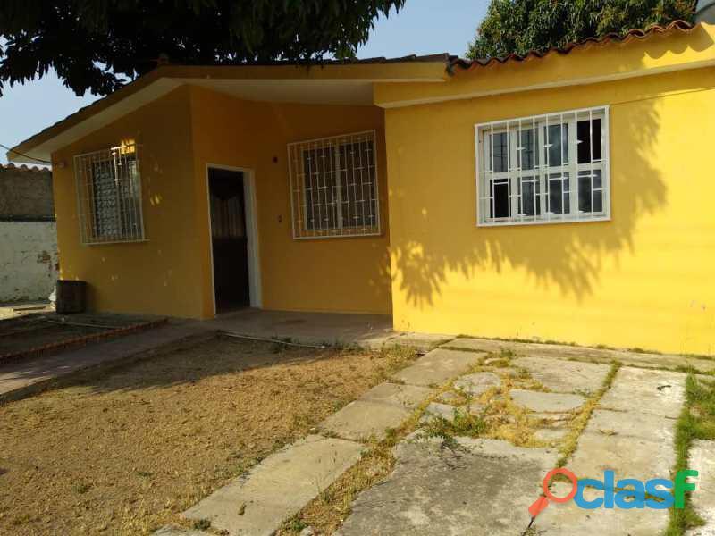 Amplia casa en Ciudad Alianza