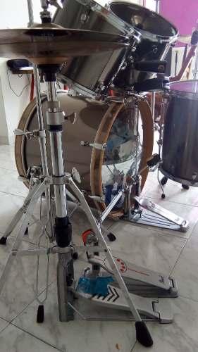 Bateria Mapex Serie Q Parales Platillos Zildjian Doble Pedal