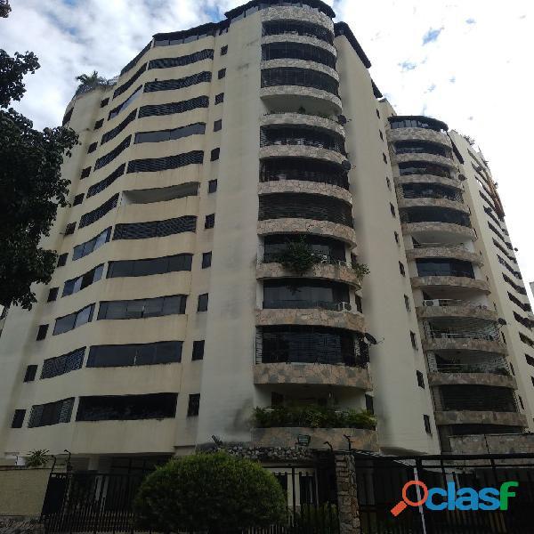 Bello apartamento en venta en El Parral, Valencia Norte