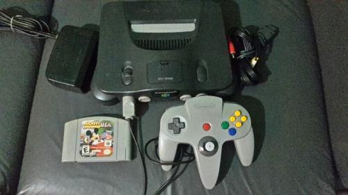 Nintendo 64 Con 1 Control, 1 Juego, Cables Y Transformador