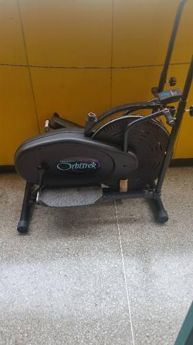 Orbitrek Maquina De Gimnasio Poco Uso Elegante Color Negro