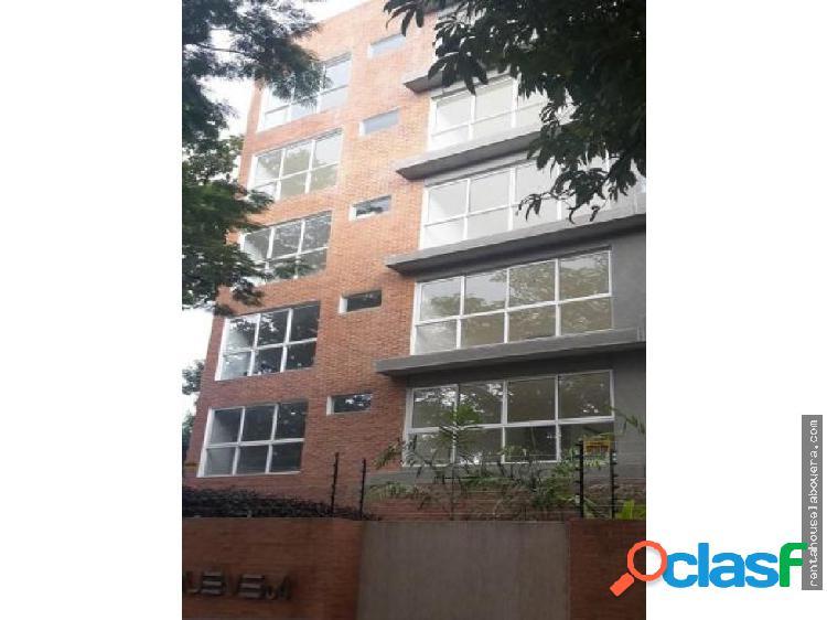Apartamento en Venta Campo Alegre MB1 MLS17-12388