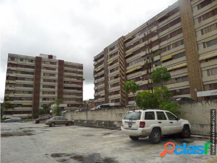 Apartamento en Venta La Tahona MB2 MLS17-8453
