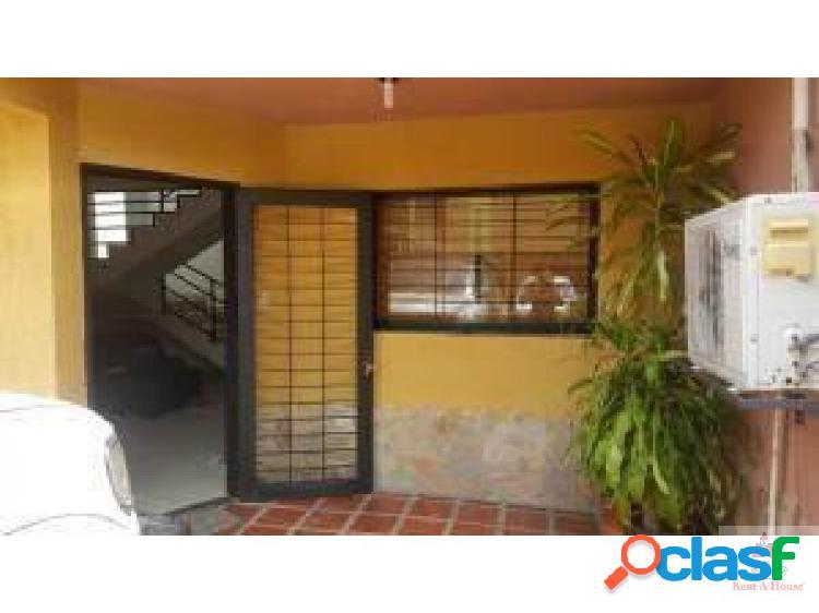 Casa en Venta en Cabudare. Cod. 19-3747