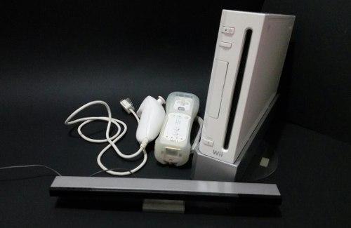 Consola Nintendo Wii + Juegos Y Accesorios