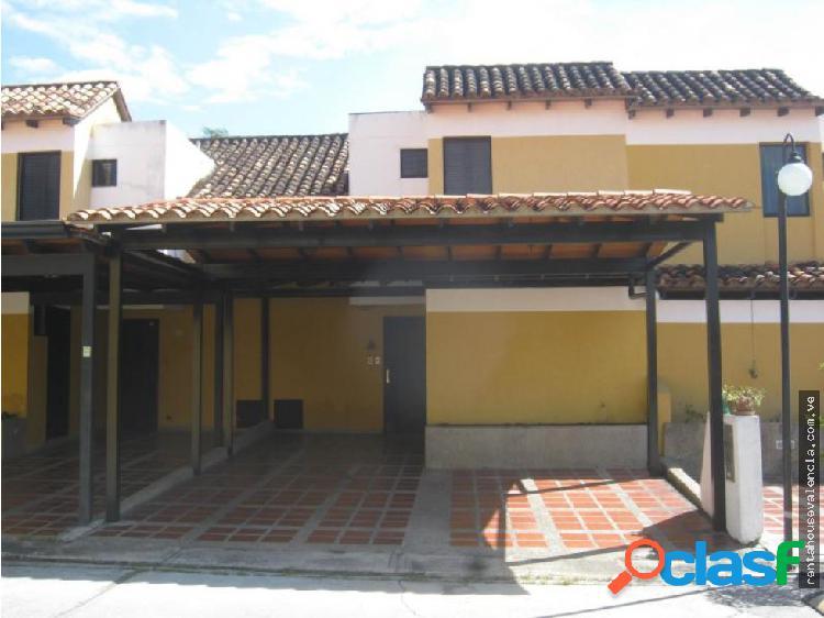Townhouse en Venta Naguanagua Codigo 18-16554