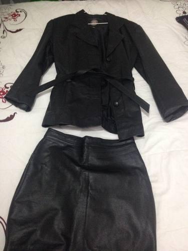 Bellisimo Conjunto De Cuero (chaqueta Y Falda)