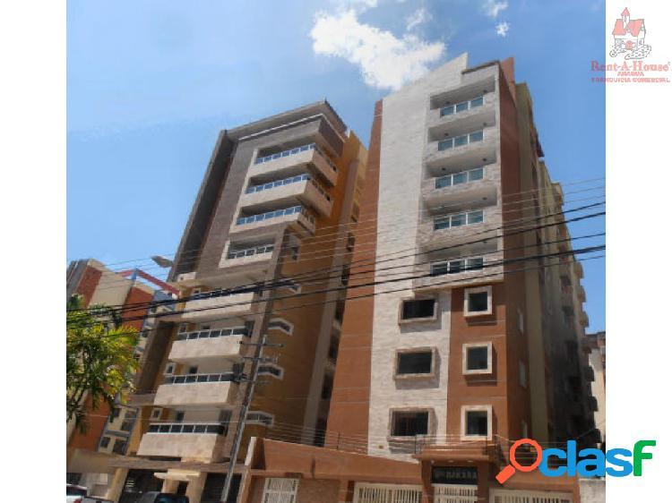 Apartamento Urbanizacion El Bosque ZPE 19-11813