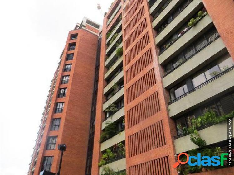 Apartamento en Venta Campo Alegre FS1 MLS17-12388