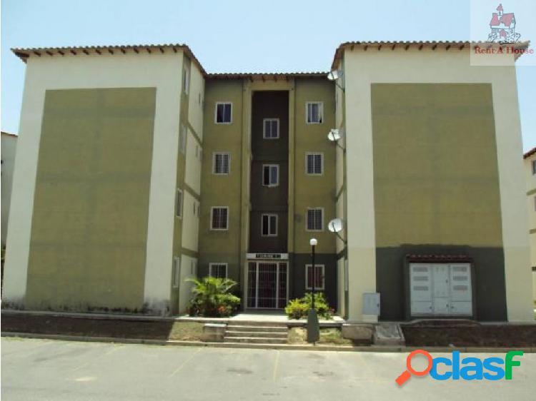 Apartamento en Venta Monteserino Mz 19-8340