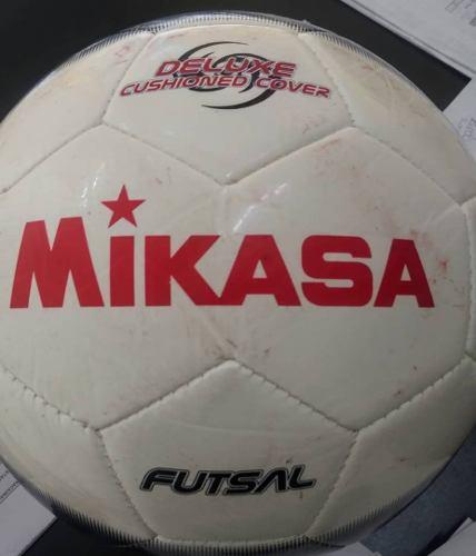 Balón Fútbol Sala Marca Mikasa Y Marca Golty Nuevos..