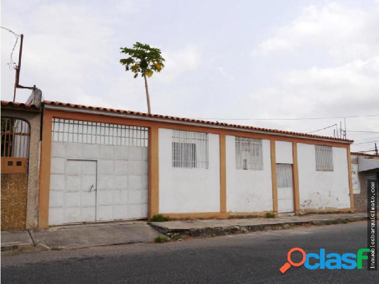 Casa en Venta al Este de Barquisimeto RAH: 19-8268