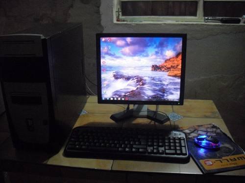 Computadora Completa Amd Con Monitor, Ratón Y Teclado