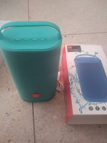 Corneta Portatil Jbl J40 Bluetooth Mp3 Ipod Celulares
