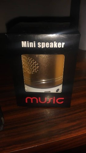 Corneta Portatil Mini Speaker Music Cilindro Led
