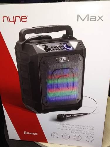 Corneta Portatil Tipo Maleta Nyne Max 120 Vatios Karaoke