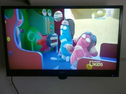 Tv Marca Coby De 32 Con Base Y Control