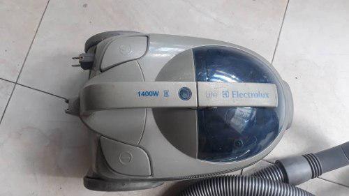 Aspiradora Electrolux Lite 1400w