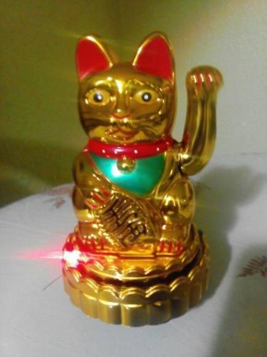 El Gato De La Suerte Maneki Neko (Pequeño)