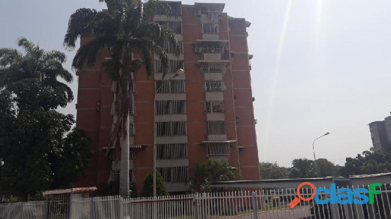 Apartamento en venta Maracay, San Jacinto 19 8845