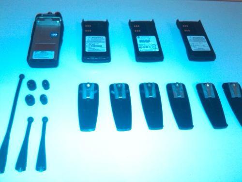 Radio Marca Motorola , Serie Pro, Con Varios Accesorios