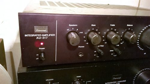 Amplificador Estereofónico Sansui Modelo Au-317