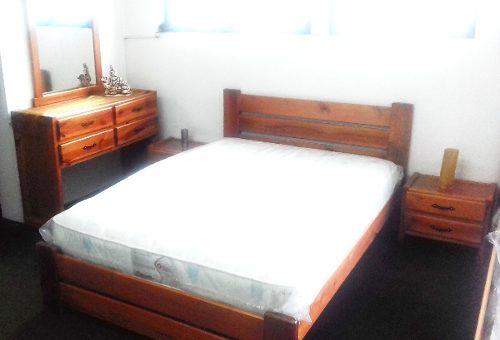 Dormitorio Matrimonial En Madera Pino