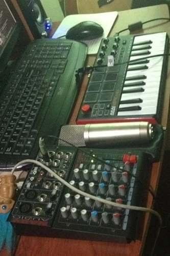Estudio De Grabacion,microfono,controlado Midi,mixer Usb