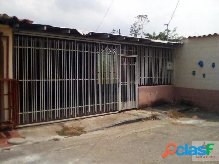 Acogedora Casa en La Puerta