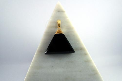 Collar Con Dije De Triangulo De Onix Piedra Natural