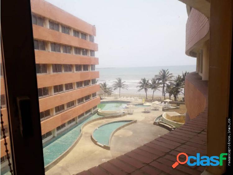 Apartamento con Vista al Mar Resd. Guaruja