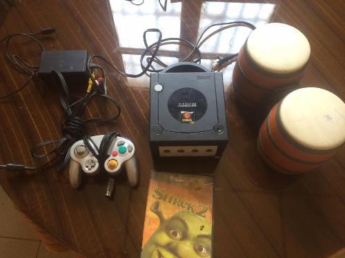 Nintendo Gamecube Negro Tres Controles Más Juego Original