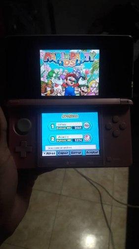 Nintendo 3ds En Buen Estado Con R4 Y 300 Juegos