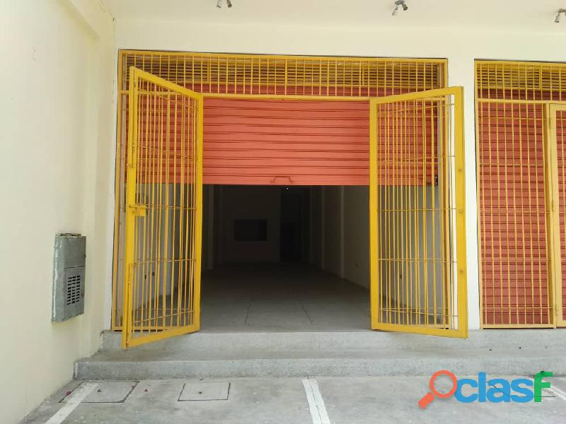 Se alquila local comercial de 110 m2 en Guacara, calle