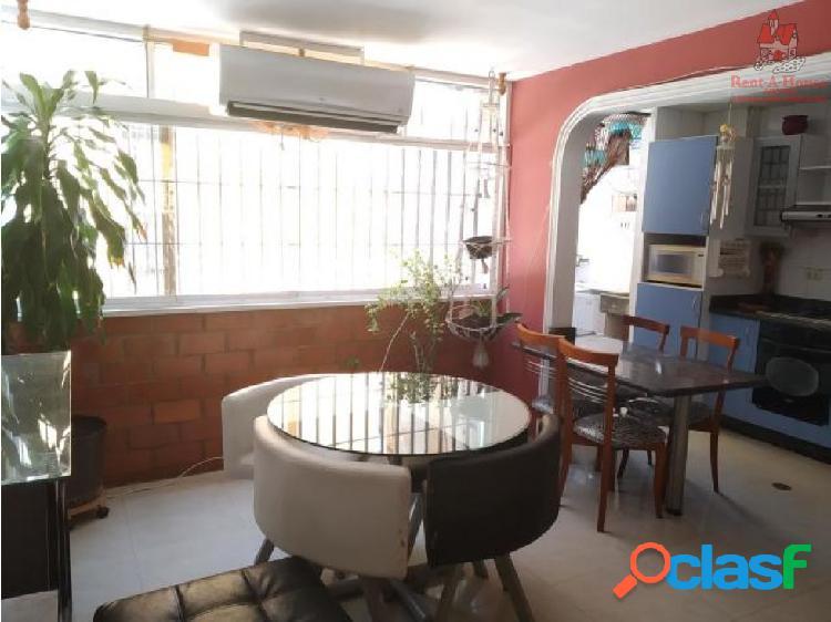 Apartamento Venta Los Chaguaramos 19-9684 HCC