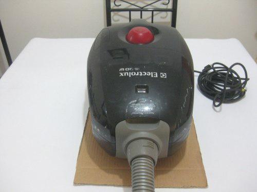 Aspiradora Electro Lux 1600w.