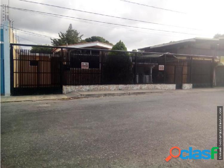 Casa en Venta al Oeste de Barquisimeto