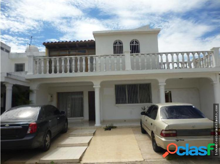 Casa en Venta en la Rosaleda Barquisimeto